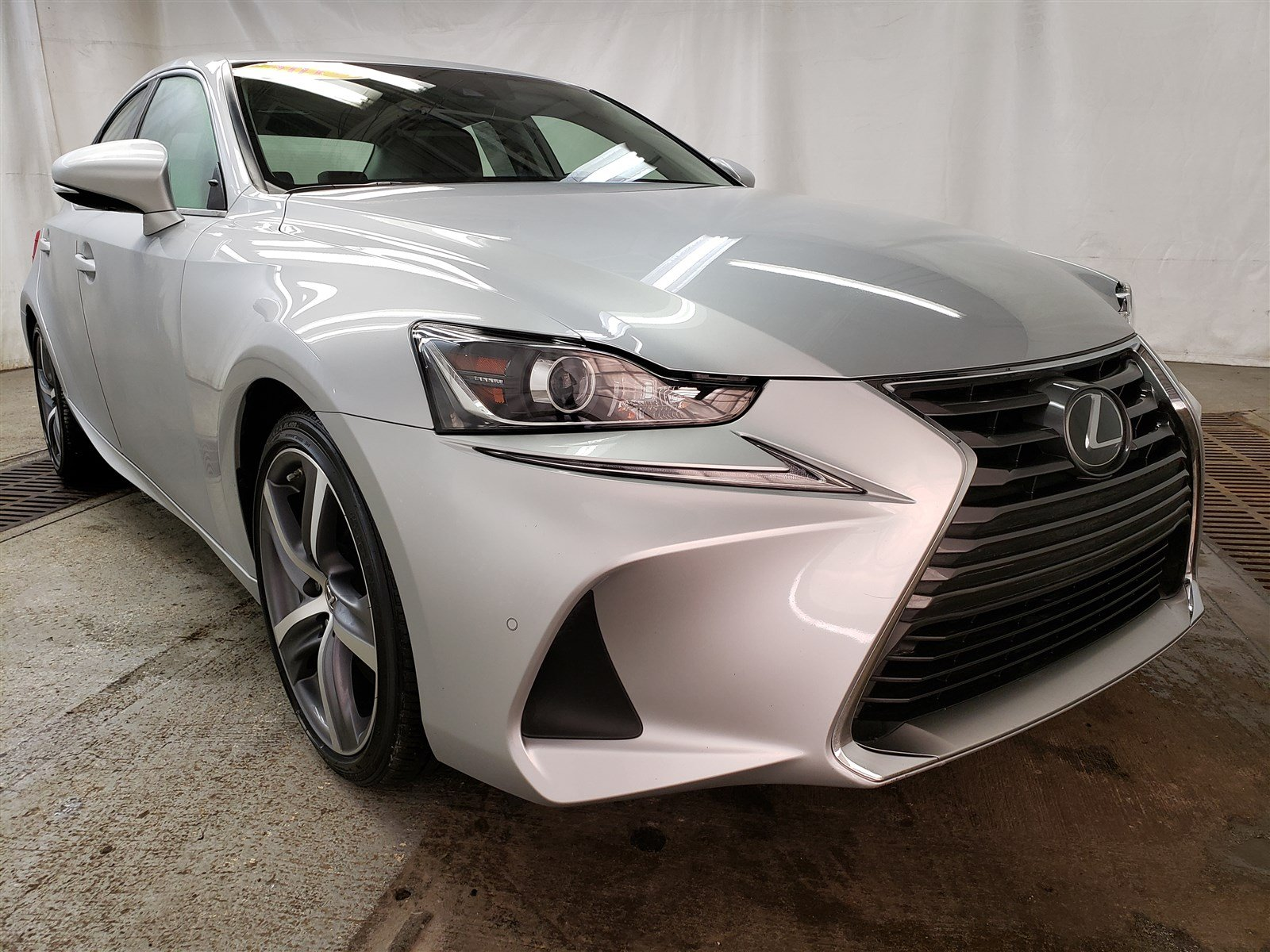 Pre Owned 2017 Lexus Is 300